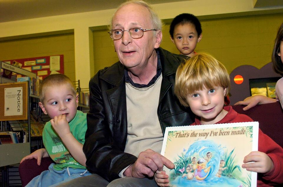 Alan Brunwin pic w kids